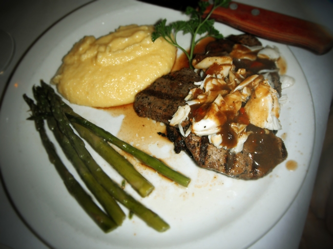 Beef Tournedos w/Jumbo Crab Meat
