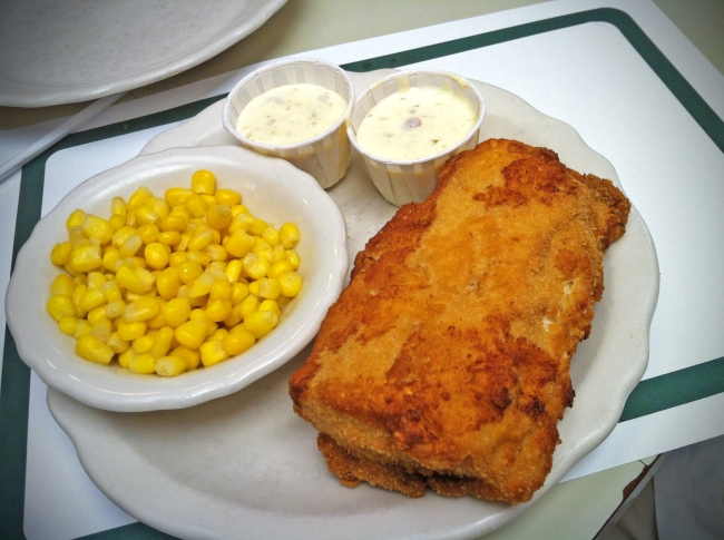 White Iceland Haddock dipped in homemade buttermilk batter and deep fried served with homemade tartar sauce on the side