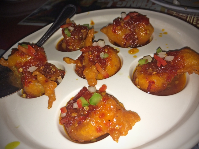 Shrimp Tamarind: deep fried shrimp topped with spicy tamarind sauce